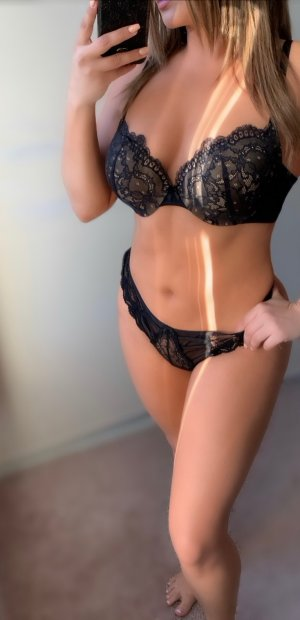 Auxilia call girl in Morgan City