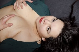 Jenny-lee incall escorts in Scottsburg